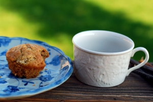 apple muffin with coffee 1